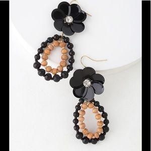 Lulus AZAMI BLACK AND BROWN FLOWER EARRINGS